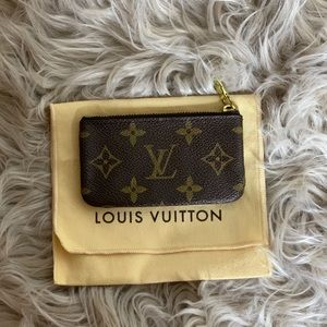 💯Authentic Louis Vuitton Key Pouch